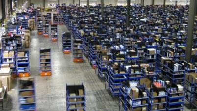 Amazon-Robots-Factory-View_1